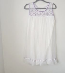 Vintage White and Purple Floral Nightgown